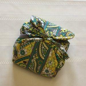 Vera Bradley Foldable Jewelry/Makeup Case w/tie